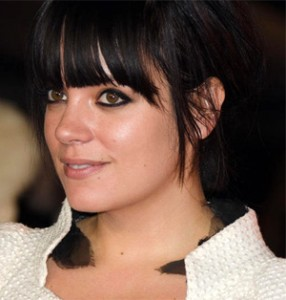 lily-allen-air-balloon-2014